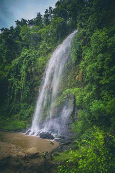 Jadipai falls in Bandarban, Bangladesh by Arshad  Ron  / 500px