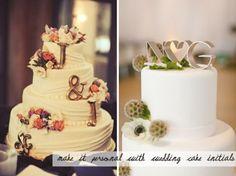 initials on wedding cake