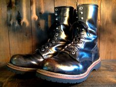 REDWING Logger Vibram232BLK | BRASS BLOG 50s Style Men, Red Wing Shoes, White Boots, Clarks, Combat Boots, Brass, Mens Fashion, Bikers, Steampunk