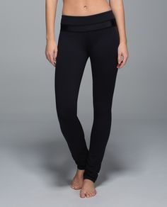Ask and you shall receive – we heard why you love our  Skinny Will and Groove™ Pants so we combined them and created these. Designed with the smooth, wide waistband of our favourite flare and the easy-to-wear skinny fit of our go-to jeans, these pants take us easily from class to coffee and everywhere in between.