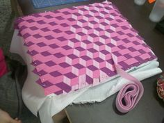 Tumbling block meshwork quilt block