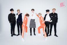 """BTS comparte un divertido reportaje de """"fotos familiares reales"""" por su 2016 BTS…"""