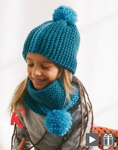 A bonnet and snood set for youngsters in wool La Mall Knitting For Kids, Knitting For Beginners, Crochet For Kids, Loom Knitting, Baby Knitting, Knitting Patterns, Crochet Baby Hats, Crochet Beanie, Knitted Hats