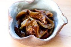 Eggplant Tsukemono: Japanese pickled eggplant, simple and delicious.