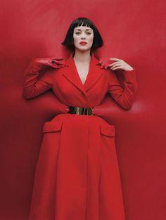 Konbini : Les sublimes photos des actrices et acteurs qui feront les Oscars | Discover more fiery fashion on www.primpymag.com/ | #fire #energetic #bold #primpytips #primpystyle