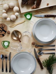 pale wood, rustic tabletop (from livet hemma)