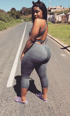 If you love women of African Decent from all over the diaspora. Male : Oakland, Ca Thick Girls Outfits, Curvy Outfits, Sexy Outfits, Girl Outfits, Big Black Booty Girls, Sexy Ebony Girls, Botas Sexy, Curvy Women Fashion, Fashion Fashion