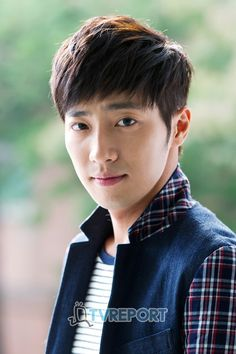 Name Lee Sang-Yeob Hangul: 이상엽 Birthdate: May 1983 Asian Actors, Korean Actors, Mbc Drama, Kdrama, New Actors, Innocent Man, Korean Drama Movies, Lee Sung, My Wife Is