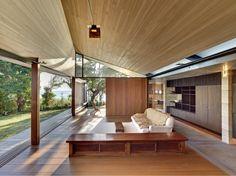 Wall House, Futo, Japan, Peter Stutchbury with Keiji Ashizawa Design, 2009