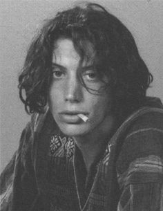 Shawn Andrews - one of the stars of one of my favourite movies 'Dazed and Confused' Beautiful Boys, Pretty Boys, Cute Boys, Beautiful People, Johnny Depp, Dazed And Confused Movie, 70s Aesthetic, Raining Men, Comme Des Garcons