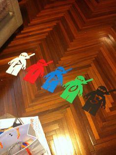 Pacotes com 10 unidades. Cada pacote tem um modelo e 2 unidades de cada cor branco, preto, vermelho, verde e azul R$ 12,00