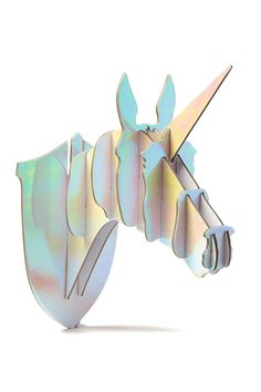 Decorate your walls with this cardboard unicorn head! Made from an iridescent metallic paper its sure to jazz up your empty wall! Dimensions: 15.5cm W x 31cm H.