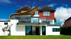 If you're looking for new ideas for your extension project then look no further. This design gallery offers many different modern extension ideas. House Extension Plans, House Extension Design, Extension Designs, Extension Ideas, Rear Extension, Cottage Extension, House Cladding, Facade House, Interior Design Victorian House