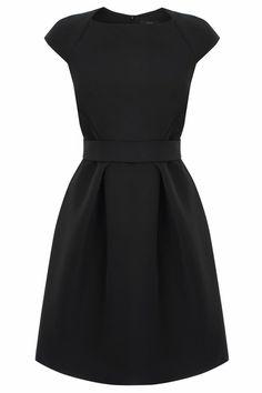 Party dress classy black 57 ideas for 2019 Elegant Dresses For Women, Trendy Dresses, Nice Dresses, Casual Dresses, Short Sleeve Dresses, Dresses With Sleeves, Black Dress With Sleeves, Casual Outfits, Mode Outfits