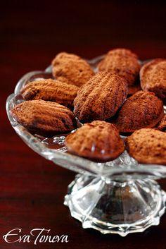 Chocolate and amaretto madeleines