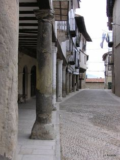 Porches de Plaza de Mosqueruela, Teruel, Spain