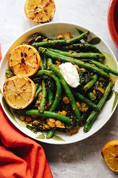 A filling plant-based dinner with layers of flavor! This creamy spiced chickpea stew is topped with burnt lemons and charred string beans that impart a nice smoky flavor to this rich curry. Vegetarian Breakfast Recipes, Vegetarian Appetizers, Meatless Recipes, Vegetarian Meals, Vegan Dinners, Fast Healthy Meals, Easy Healthy Recipes, Whole Food Recipes, Delicious Recipes