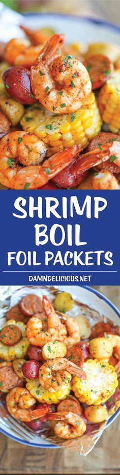 Shrimp Boil Foil Packets - Easy, make-ahead foil packets packed with shrimp, sausage, corn and potatoes. It's a full meal with zero clean-up- use for camping dinner Foil Packet Meals, Shrimp Foil Packets Oven, Shrimp Boil Foil Packs, Grilled Foil Packets, Foil Dinners, Good Food, Yummy Food, Tasty, Shrimp Dishes
