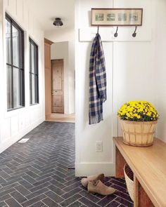 modern farmhouse hallway and front foyer wiht mudroom bench and hooks, herringbo. modern farmhouse hallway and front foyer wiht mudroom bench and hooks, herringbone floor Design Hotel, Flur Design, Hallway Designs, Hallway Ideas, Modern Mountain Home, Farmhouse Flooring, Hill Interiors, Foyer Decorating, Decorating Ideas