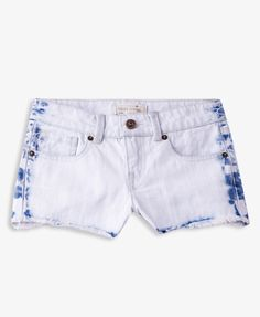 Mineral Wash Denim Shorts | FOREVER21 girls Denim daze #DenimShorts #Juniors #Frayed