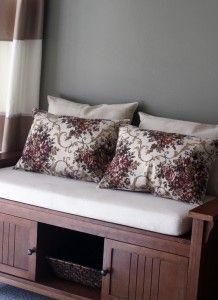 Placemats into pillows!!! So easy!