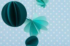 paper decorations | DIY paper pom poms