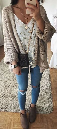 60 stylish and warm women winter outfits for 2018 - fashion & accessories - Winter Mode Fair Outfits, Moda Outfits, Casual Outfits, Cute Outfits, Fair Outfit Ideas, Hipster Girl Outfits, Hipster Outfits Winter, Winter Outfits Tumblr, Winter Hipster