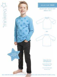 Størrelse: 0 - 10 år Modelbeskrivelse: Dejlig enkel T-shirt med raglanærmer. Produkttype: Papirmønster - Dette er et trykt papirmønster. Mønsteret indeholder et mønsterark i fuld størrelse, syinstruktion og oversættelser. Sprog: Dansk, Tysk, Engelsk inkluderet. Hollandsk, Svensk - se download link til oversat syopskrift længere nede på siden.