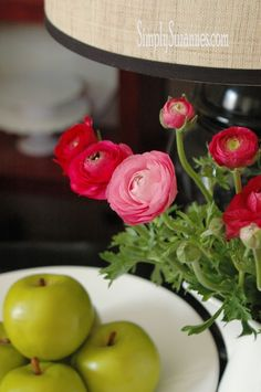 Simply Suzanne's AT HOME: pink ranunculus . . .