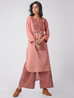 Pink Printed Cotton Kurta and Palazzos with Kantha Work (Set of Simple Kurti Designs, Kurti Neck Designs, Kurta Designs Women, Blouse Designs, Pakistani Outfits, Indian Outfits, Stylish Dresses, Fashion Dresses, Fashion Pants