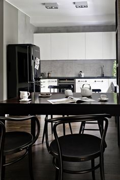 Colour is everything. Black and white is more. flat, Warsaw, Poland architect: MAFgroup - Anna Nowak-Paziewska photo: Anna Borowy products: Ironica, chair no. Traditional Chairs, Bent Wood, Upholstered Chairs, Interior Design Inspiration, Bar Stools, Kitchen Dining, Armchair, Household, Warsaw Poland