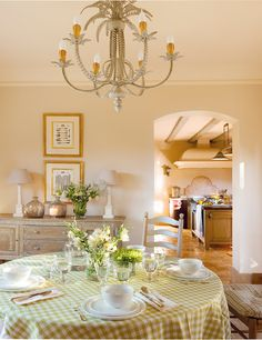 Un paraíso en el sur · ElMueble.com · Casas Dining Room Console, Kitchen Dinning Room, Cozy Kitchen, Dining Room Inspiration, Interior Inspiration, 20 M2, Interior Decorating, Interior Design, Country Style Homes