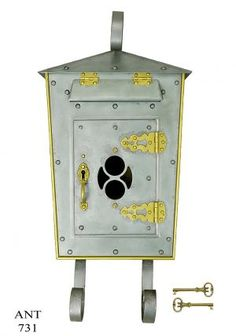 Arts-and-Crafts-Antique-Brass-Steel-Wall-Mount-Mail-Box-Letter-Drop-(ANT-731)