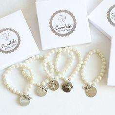 Regalos para invitados pulseras de perlas personalizadas