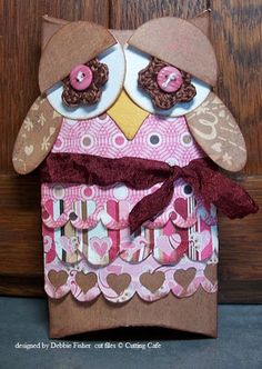 Pillow box owl I created using Cutting Cafe's pillow box and heart border cutting files. I used my crocheted flowers for eyes and love how it turned out.