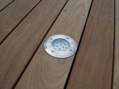 Spot LED pour ma terrasse bois exotique