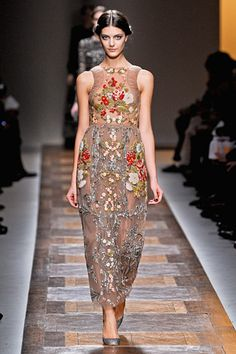 And an option for those who prefer color.  :)  #Valentino #FashionWeek #Paris