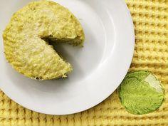 Lo sformato di riso ai carciofi è un primo piatto semplice e delizioso da preparare al forno. E' una ricetta vegetariana e le fasi essenziali sono due: pre