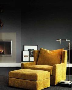 love the lamp and the color of the sofa Grey Interior Design, Yellow Interior, New Living Room, Living Room Decor, Living Spaces, Yellow Couch, Living Room Inspiration, Apartment Design, Nook