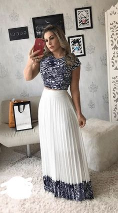 Hermosa Maxi Skirt Outfits, Dress Skirt, Modest Dresses, Pretty Dresses, Modest Fashion, Fashion Dresses, Maid Dress, Elegant Outfit, Clothes