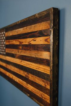 A Perfect Gift For The Patriot Or Veteran In Your Life This Rustic American Flag