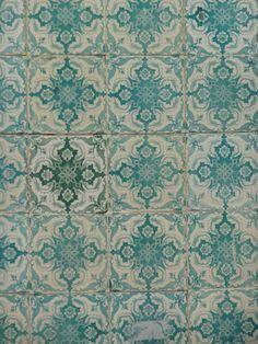 l:••:ᗋᑎᏋ ‧:••: ԼᏋᏋԼᗋ ‧:••:isbon Portugal tile azulejo aqua teal turquoise