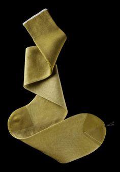 William Abraham - Luxury Socks for Men ● PEAR / WHITE