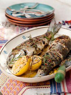 Ψητά φρέσκα ψαράκια, ένα τόσο νόστιμο και πλήρες θρεπτικό πιάτο...για όλες τις εποχές ! Τι λέτε ; :-) Grilled fresh fishes, a delicious and fully nutritious dish...for any season ! Don't you think ? :-) #Psaria #Psari #Psito #Grilled #Fresh #Fish #GrilledFish #Seafood #Food #MediterraneanDiet #Diet #CretanCuisine #CretanDiet #CretanFood #Crete #Ierapetra