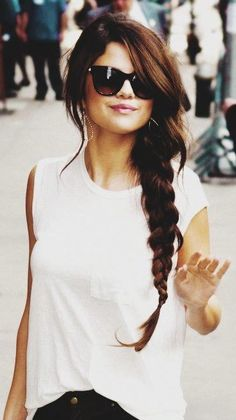 Selena) Hey, I'm Selena and I'm a two. I love to act and sing! I can't wait to meet the handsome prince!