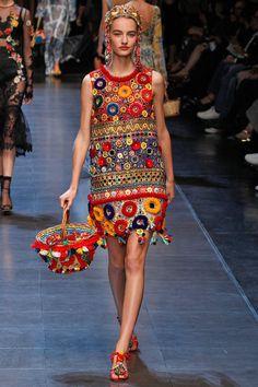 Coleção // Dolce & Gabbana, Milão, Verão 2016 RTW // Foto 37 // Desfiles // FFW