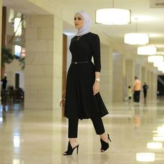 Fashion & Beauty, Kuwait Business Inquiries: dalalidblog@gmail.com Snapchat: Dalalid YouTube: Dalal AlDoub Islamic Fashion, Muslim Fashion, Modest Fashion, Unique Fashion, Fashion Outfits, Casual Hijab Outfit, Hijab Chic, Hijab Mode, Modele Hijab