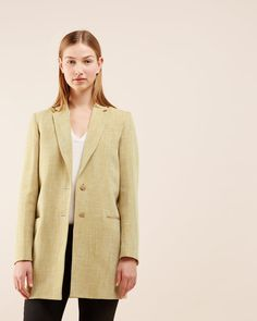 This seasons women's coats, jackets & blazers from Jigsaw are more beautiful than ever. Discover Italian wool designs, bold colours, contemporary macs, trench coats and more. Kids Fashion, Fashion Outfits, British Style, Coats For Women, Blazer Jacket, Casual, Sweaters, Cotton, Jackets
