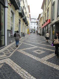 Rua em Ponta Delgada, Açores - JL
