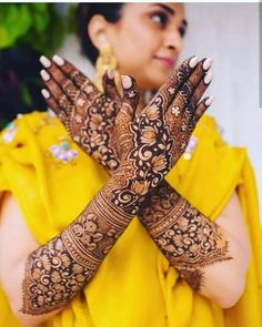 I have collected the most popular and latest mehndi designs 2019 for all ladies. These are the inspiring new mehndi designs Henna Hand Designs, Dulhan Mehndi Designs, Arabic Bridal Mehndi Designs, Wedding Henna Designs, Engagement Mehndi Designs, Modern Mehndi Designs, Mehndi Design Pictures, Mehndi Designs For Girls, Latest Mehndi Designs